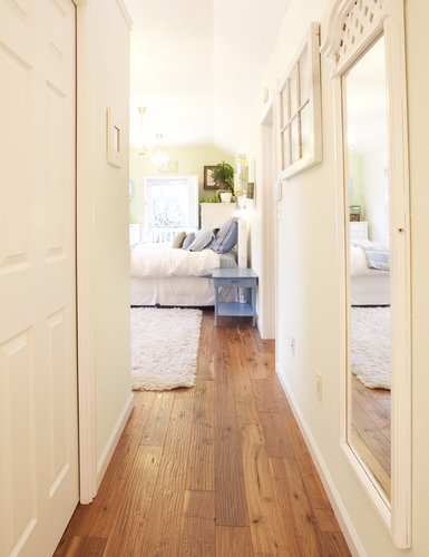 Is Vinyl Flooring Suitable For Bedroom