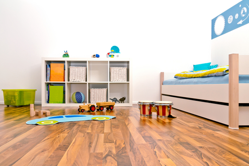 Laminated flooring or vinyl pvc flooring for Flooring for child s bedroom
